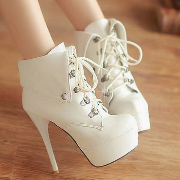 Brand New High Heels Shoes In Fashion For Girls