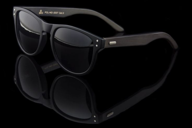 "Polarized Wood Wayfarer Sunglasses ""Allen"""