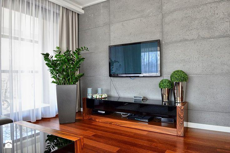 SZAFKA RTV - Średni salon z tarasem / balkonem, styl nowoczesny - zdjęcie od HOLTZ