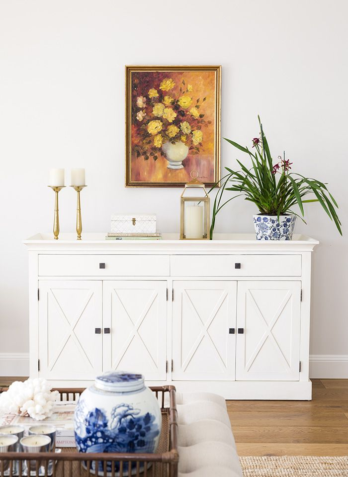 Classic styling sideboard