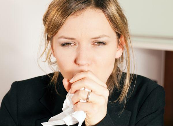 Receita caseira para aliviar a tosse: A tosse pode ser uma irritação na garganta, resfriado, gripe ou ainda alguma alergia.Veja aqui alguns chá medicinais.