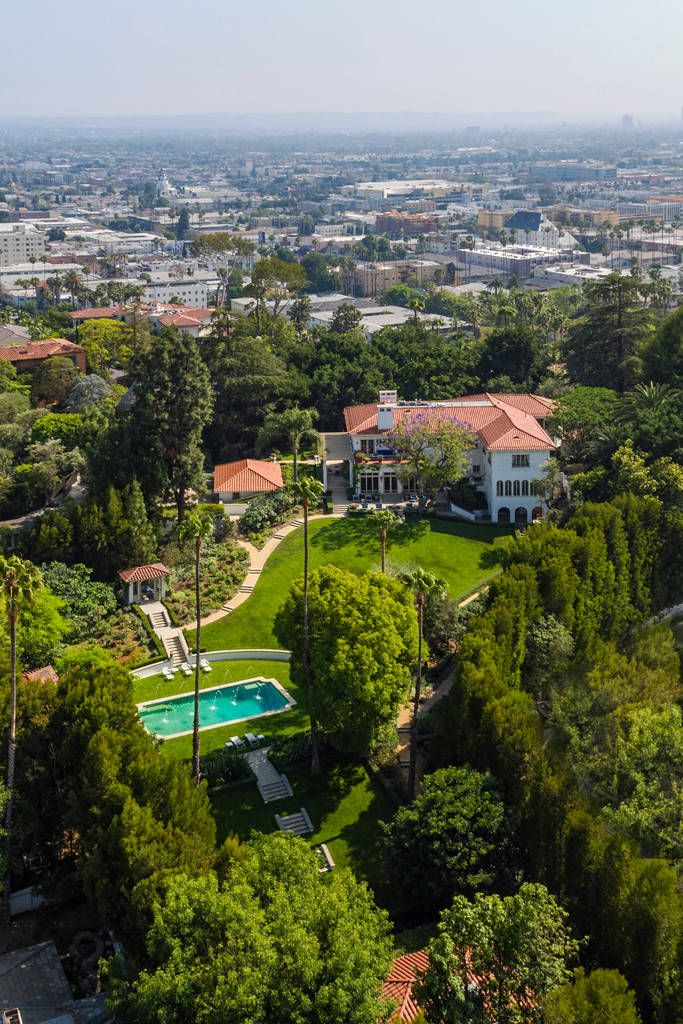 Angelina Jolie, Cecil B. DeMille House