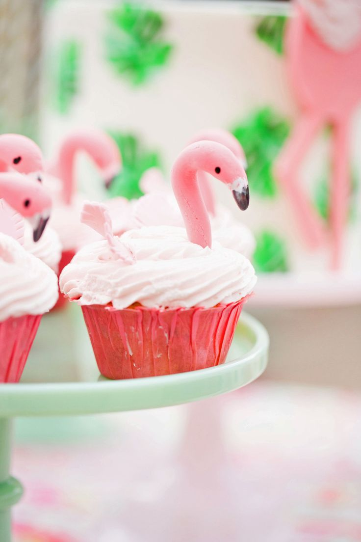 Throwing a tropical-themed bridal shower? Skip the two-tier and opt for flamingo-inspired cupcakes instead.