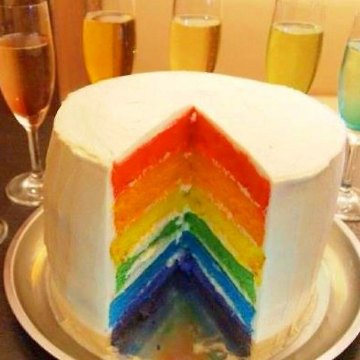 rainbowcake and rainbow cocktail