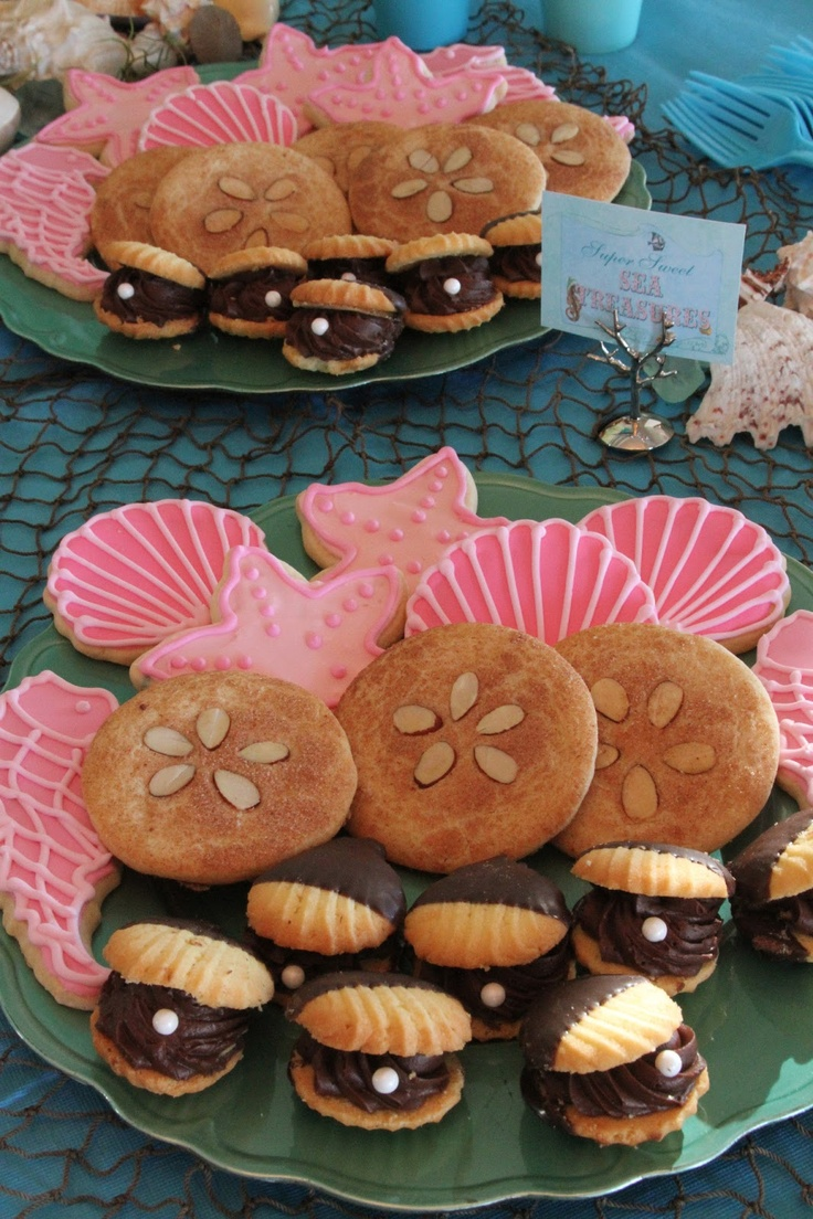 oyster cookies, sand dollar cookies, and other sea shape cookies