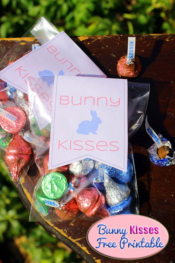 Printable Gift Topper: Give Bunny Kisses This Easter #Printable #Easter