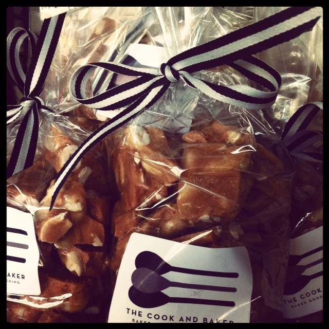 Peanut brittle, just like nana used to make! Great gift or wedding favour! Thanks to The Cook and Baker!