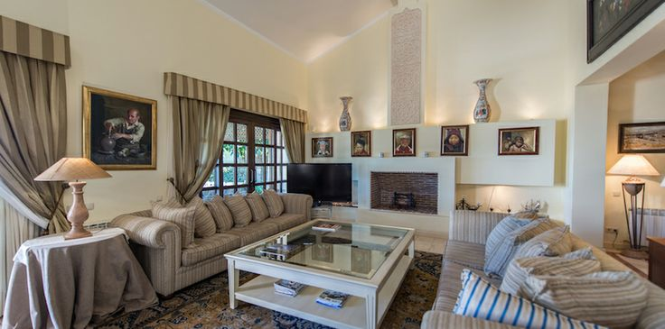 An elegant family home in Monte Halcones with spectacular sea views - #elegant #seaviews #luxuryliving #stylish #MonteHalcones