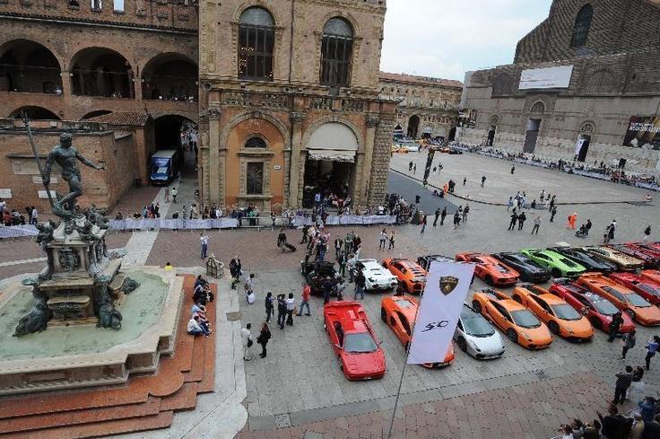 Piazza del Nettuno @ #Bologna Gran Giro 2013 #Lamborghini #Lambo50