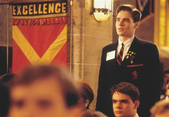 neil perry dead poets society suicide monologue Family in dead poet's society's neil perry a+  neil perry's family who later can be assumed as the reason for neil's suicide  dead poets society neil .