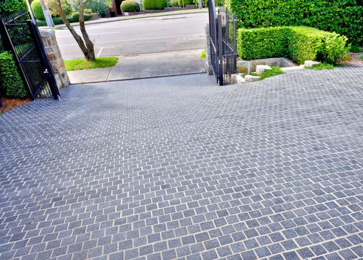 With its charcoal features, granite cobblestones suit virtually any property. Ideal for any type of paving, from normal out door to driveways, to features. It's relatively small size gives it great strength. Visit our website to learn the various characteristics of each stone and receive individual assistance in choosing just the right product to beautify your home and garden.  http://www.armstone.com.au/products/cobblestones/raven/