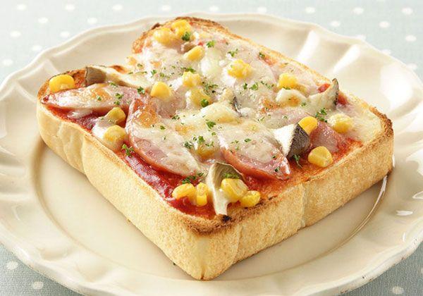 「ソーセージとエリンギのピザトースト」の料理レシピ/完成イメージ