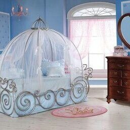 Cinderella bed Children s rooms Pinterest