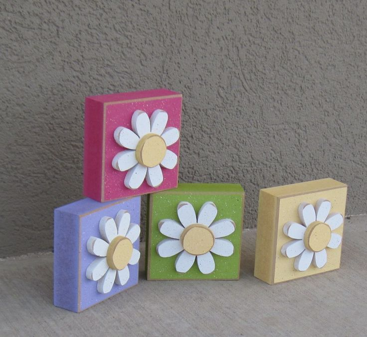 4 BLOCK SET with DAISIES for Easter, Spring, girl, and home decor. $23.95, via Etsy.