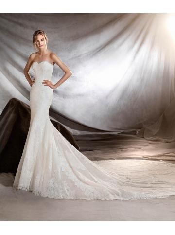 robe de mariage dentelle fourreau eglise