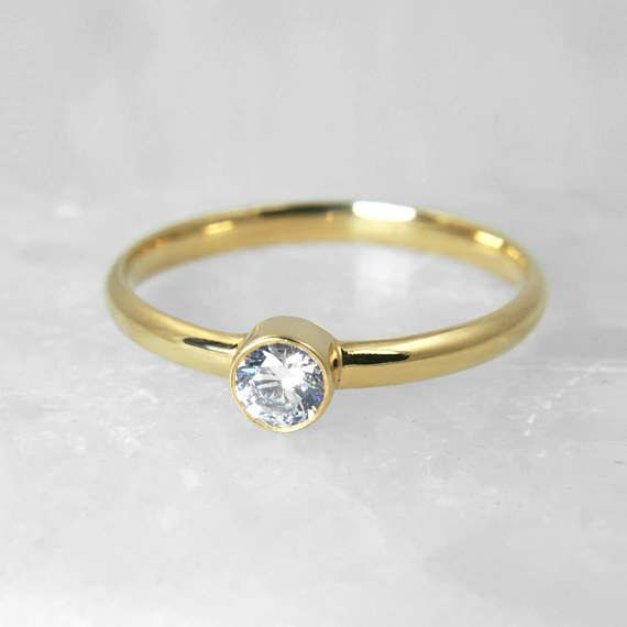 Bezel Setting Yellow Gold 18-karat Solitaire Ring, Brilliant Center Diamond 0.2 Carat, Wedding Diamond Engagement Ring, Perfect Gift for her