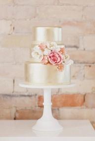 Metallic cake, gorgeous