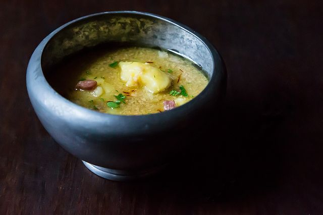 Potato Soup with Fried Almonds. Without the ham, for me, but the rest ...
