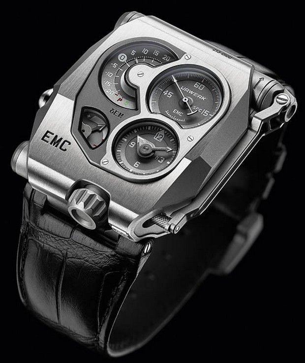 You can get ideas about cool watches from the photo below. You can also try these watches for an impressive appearance. But I love the classic models. It's your choice. I share with you cool watches in this photo gallery.