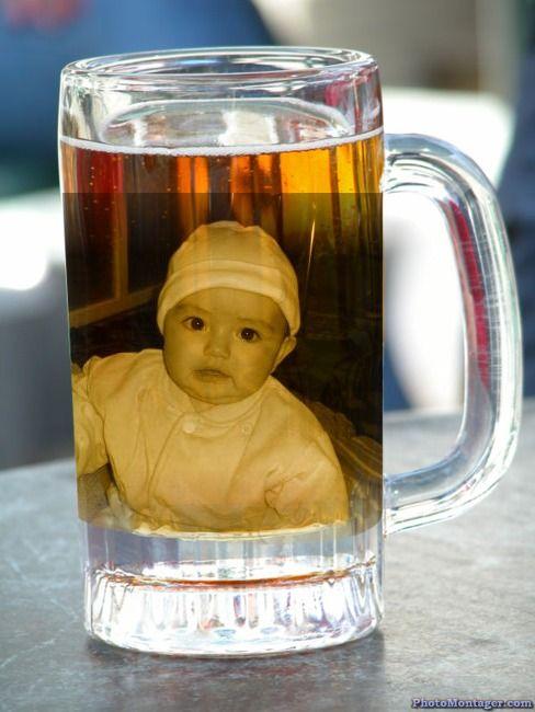 Fotomontaje en un vaso de cerveza