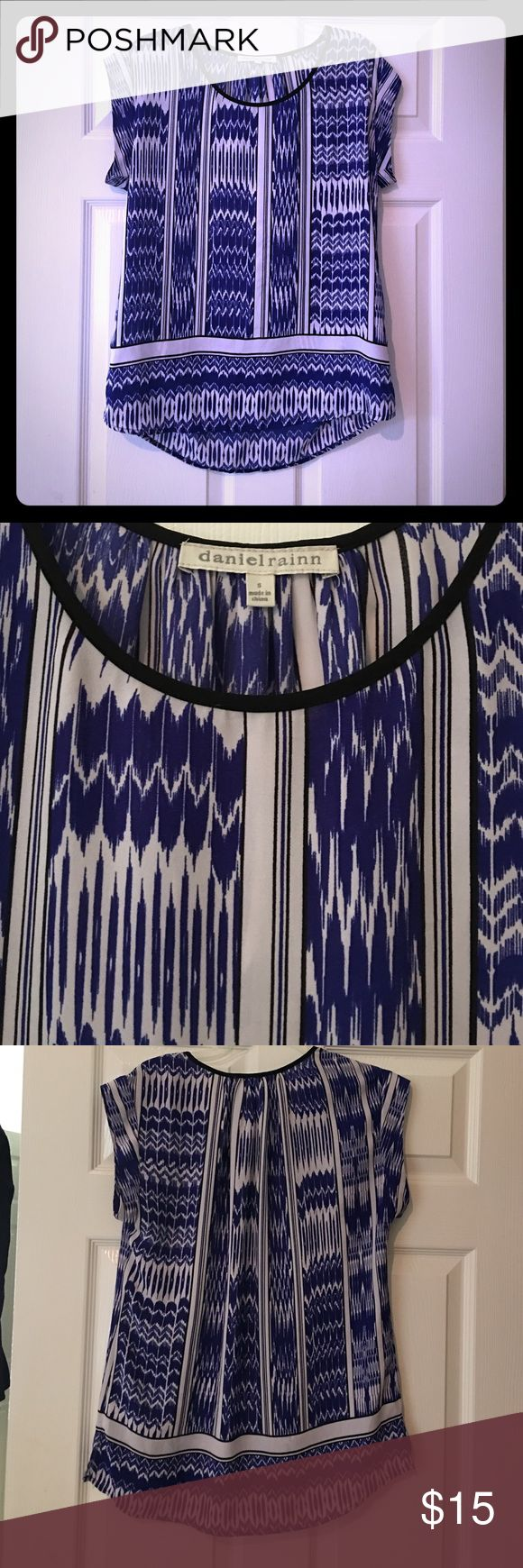 Daniel Rainn blue and white ikat Aztec top Size S. Reposh, didn't fit me quite like I had hoped. No flaws from what I can see.  Daniel Rainn blue and white ikat Aztec top Daniel Rainn Tops Blouses