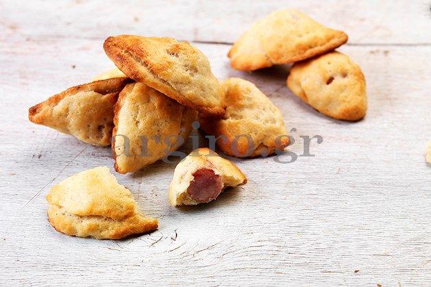 Λουκανικοπιτάκια – Τυροπιτάκια – Σοκολατοπιτάκια