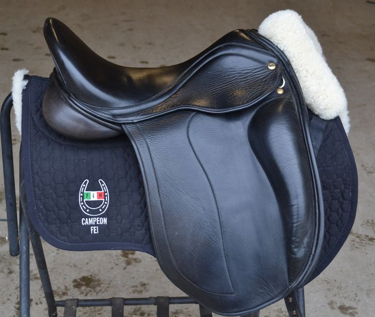 The Adelinda features a highly supportive external block, and is fully outfitted in Italian calf skin leather. It has a deep seat, is available with a variety of tree and panel options, meaning you and your horse experience ultimate fit. The self adjusting billet system offers excellent stability, and as with all Black Country Saddles,this …