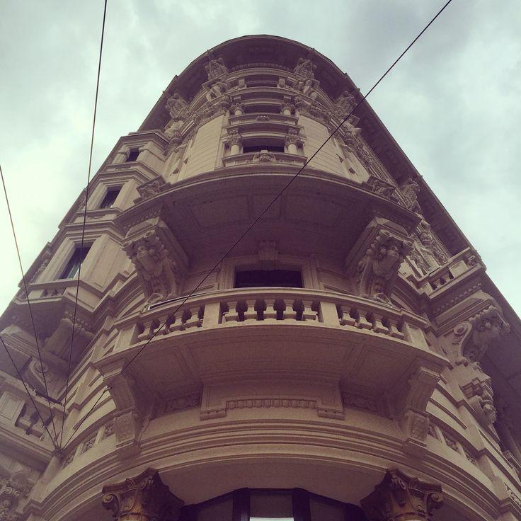 Oso immaginare come sia all'interno!! #excelsiorgallia #hotel #trip #traver #luxury #art #milano #storia #architettura #photooftheday #photo