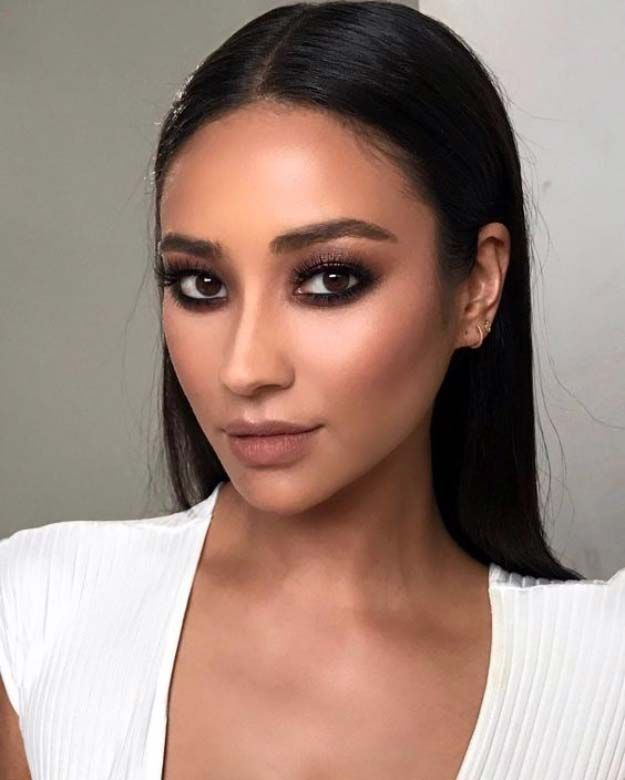 3 Brilliant Celebrity Makeup Artists to Watch on YouTube ...