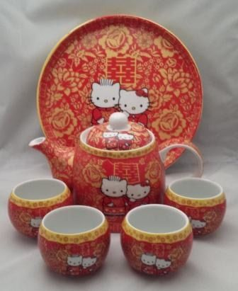 Hello Kitty Wedding Teapot Set Singapore