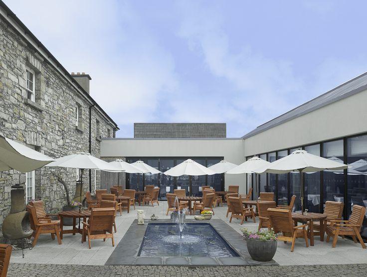 The Botanica Bar Courtyard