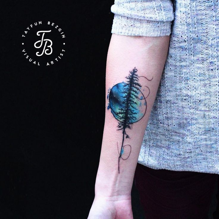lonely tree and the northern lights tattoo Thank you for coming from Ukraine @ahfeelabout