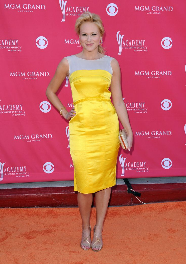 the life and career of jewel kilcher Atz kilcher biography atz kilcher net worth is $5 million  jewel kilcher ,  she has crossed multiple genres throughout her career.