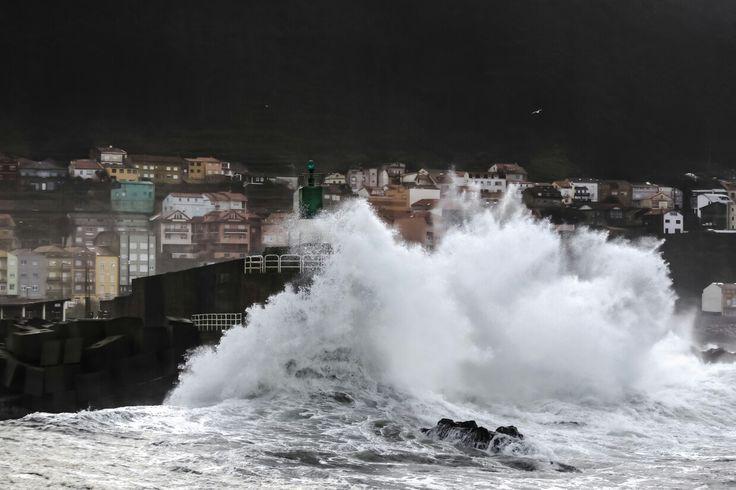 Rompe olas de A Guarda