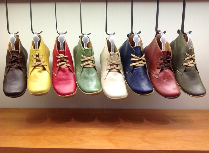 Coihue #aguapatagona #soles #leather #rubber #bones #marcapaisargentina #shoes #boots  #argentinadesign  #Girona #CostaRica #BuenosAires #SanTelmo #SANDALS
