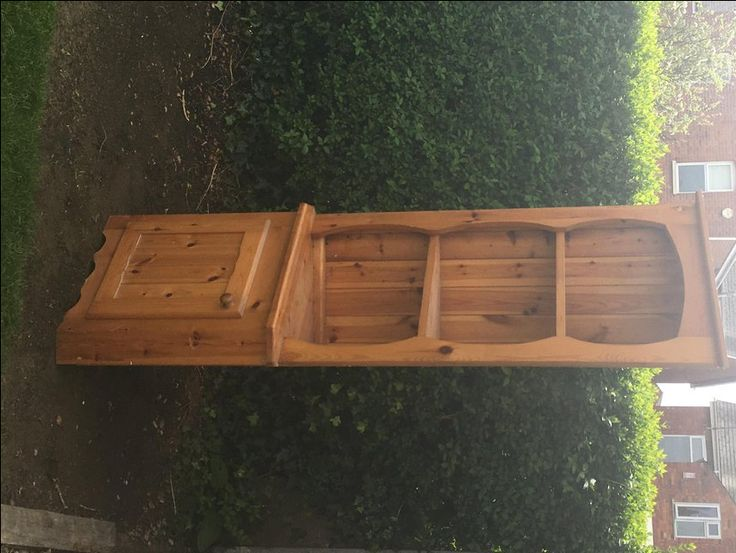 Pine corner cupboard For Sale in Gloucester, Glos | Preloved