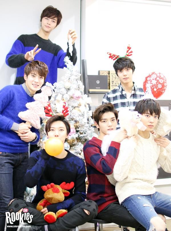 Johnny, Jae Hyun, Ten, Tae Yong, Han Sol & Yuta #SMRookies (SR14B) Can't wait until they debut!!!!