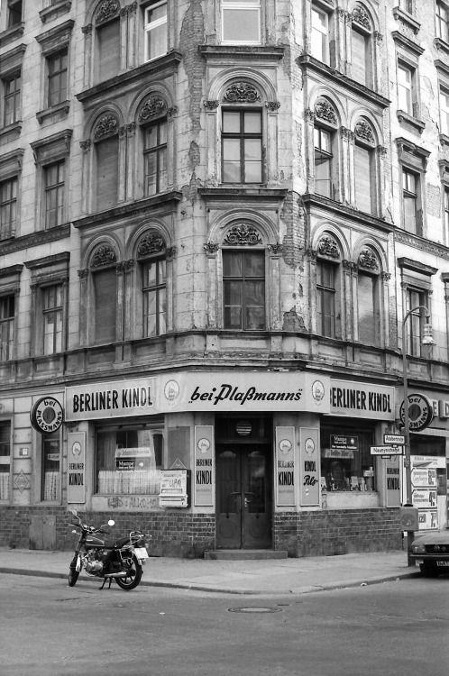 Eckkneipe 'bei Plaßmanns', Adalbert-/Ecke Naunynstr., Kreuzberg, 1980/82