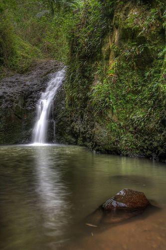 kapena falls, oahu