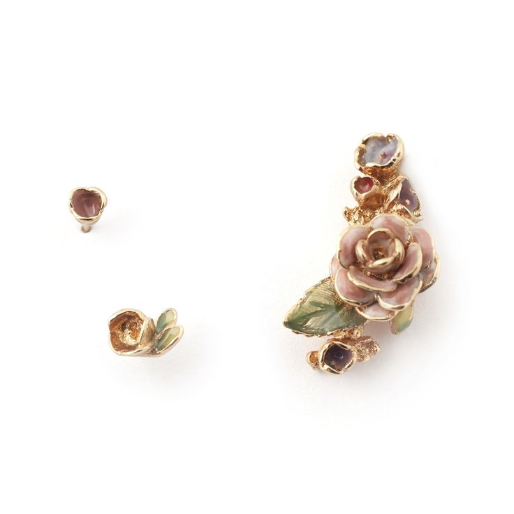 • Gold Plated & Hand-painted Enamel  • Stud Post fastening