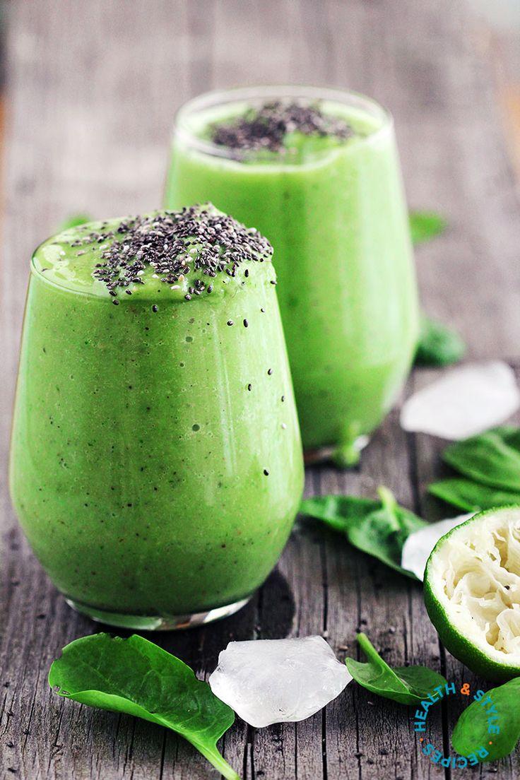 Kiwi & Avocado Green Smoothie
