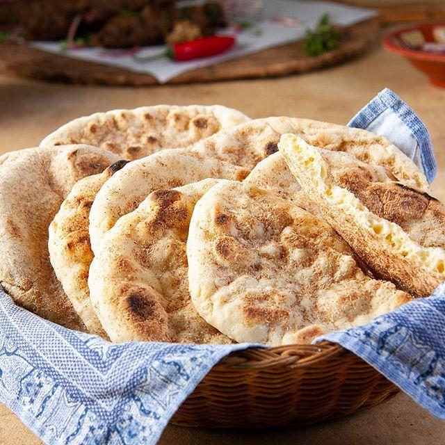 طريقة تحضير خبز لذيذة Bread Is Delicious Middle East Recipes Recipes Delicious