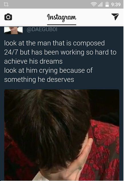 I really cried when I saw him crying coz we know that he's not the person who can expose his own feelings like that .. that meens he's really at the top of his happiness ~ BTS deserve it