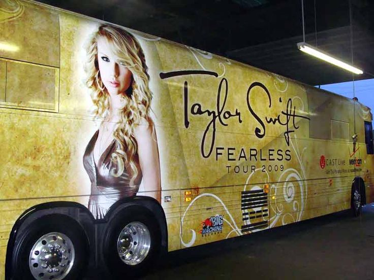 Taylor swift Fearless Tour Bus | Taylor Swift's Buses ...