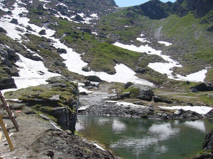 Fogarasi-havasok: nyár elején is előfordulhat hó.