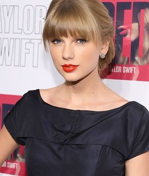 Taylor #Swift Most popular artists for 2012