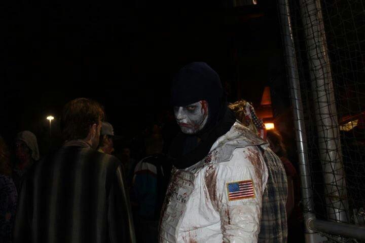 zombie astronaut costume - photo #10