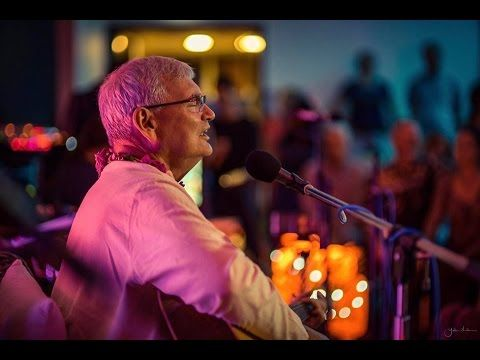 Beautiful Aum Hari Aum Kirtan - Acharya Das In Australia