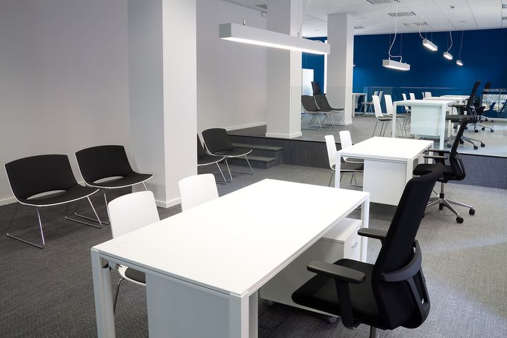 Enea's #Way table, #Lottushigh chairs, #Movado task chair and #Oh! armchairs at Mutua Avenir's offices in Pamplona (Spain).