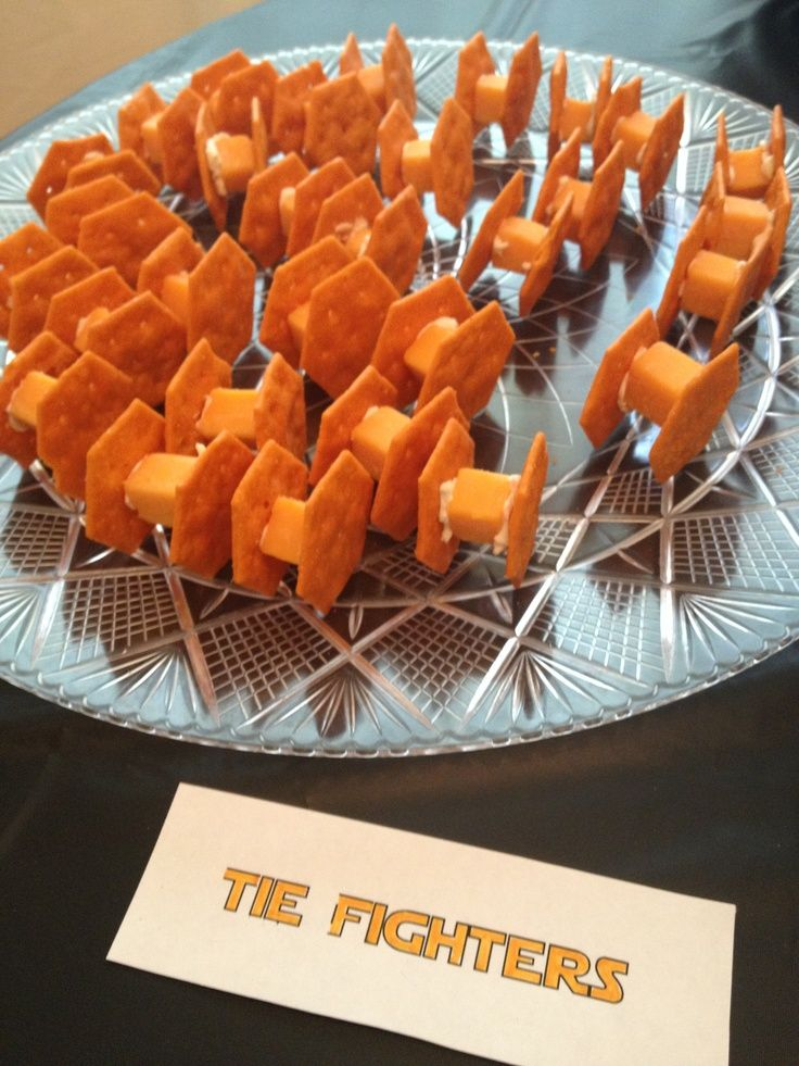 Star Wars party snacks - tie fighters - cheese, cream cheese, and Annie's crackershttp://pinterest.com/pin/248823948134928651/